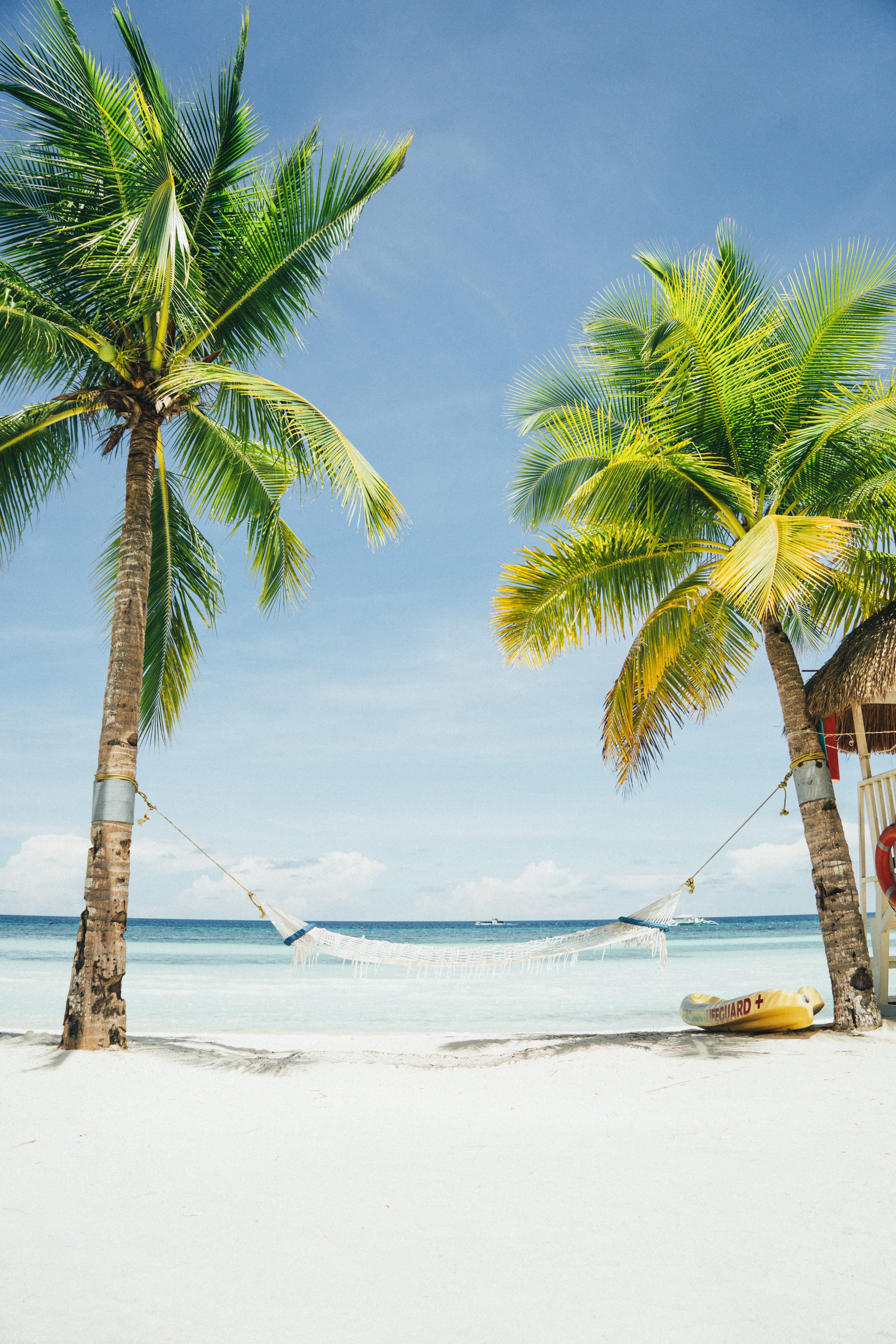 How to Stick to Your Goals While Traveling - Loren Lahav | STAY TRUE CEO